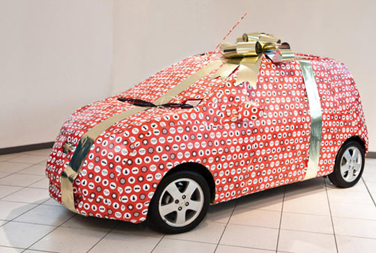 Los 12 regalos de Navidad para los amantes de coches y las motos