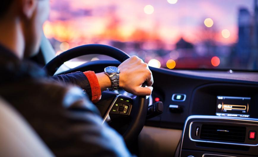 tener carnet de conducir es una obligacion